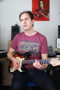 Age_studio_strat_gitaar